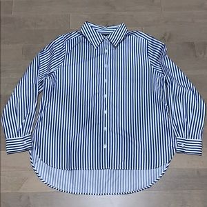 FOXCROFT Button Down Non Iron Shaped Fit Blouse